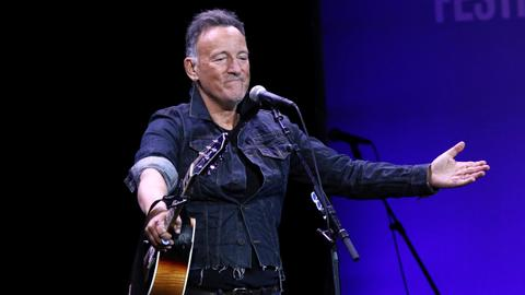 Bruce Springsteen plans June return to Broadway for vaccinated audience