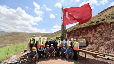 Turkey announces 20-tonne gold reserve find worth $1.2B