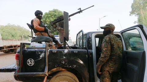Botched Nigeria air strike kills many fishermen – report