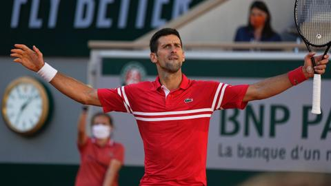 Djokovic wins 19th major title beating Tsitsipas at French Open final
