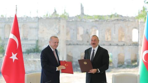Turkey, Azerbaijan sign 'Shusha Declaration' to boost post-war cooperation