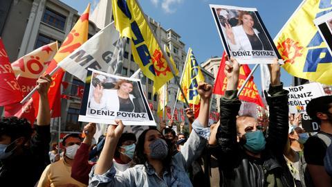 Man storms HDP office in Turkey's Izmir, kills woman