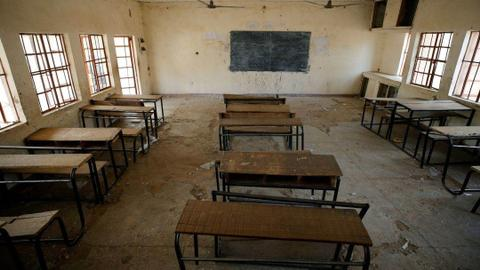 Gunmen abduct dozens of Nigeria school students