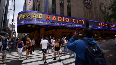 Radio City reopens to live audience with Dave Chappelle