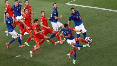 Italy beat Wales, both advance to round of 16 at Euro 2020