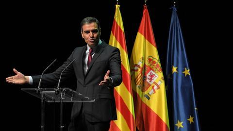 Spain to pardon jailed Catalan separatists behind failed independence bid