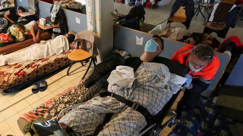 Hunger strike by migrants puts Belgian govt in danger of collapse