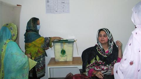 Khan's party leads in violence-marred Pakistan-administered Kashmir vote