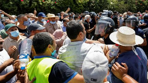 A separation of powers lies at the heart of Tunisia's crisis