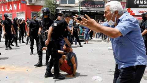 Tunisia: Emergence of a 'strongman saviour' or leaping into the unknown?