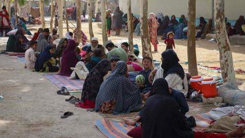 More Afghans flee their homes as Taliban closes in on key city of Kandahar