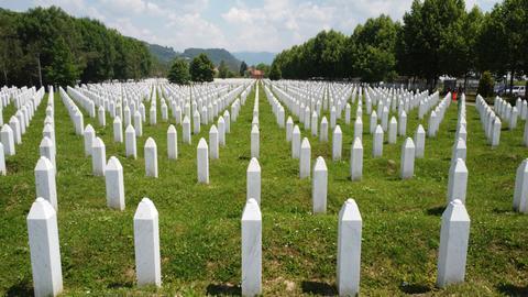 Bosnian Serbs reject imposed ban on Srebrenica genocide denial