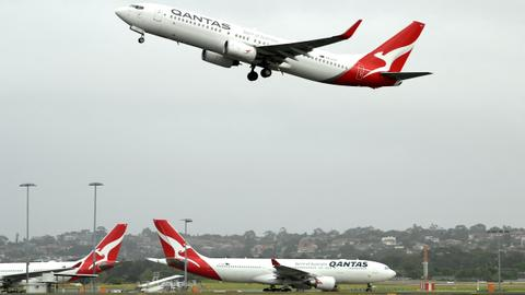 Over 2,500 Qantas employees to be sent home without pay for two months