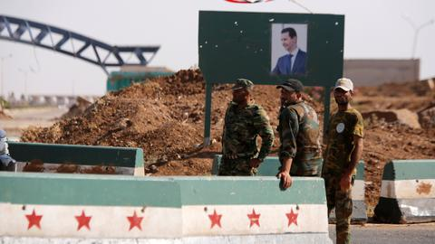 Syrian regime forces shell flashpoint Daraa after failed talks