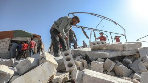 Escalatory violence is Russia's stick — and carrot ahead of Syria talks