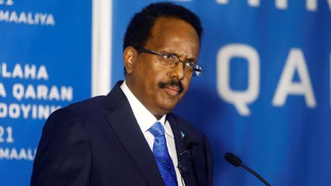Somali president withdraws PM's executive powers in escalating row
