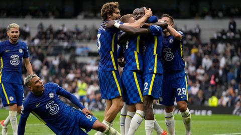 Chelsea maintain winning ways after thrashing Spurs in London derby