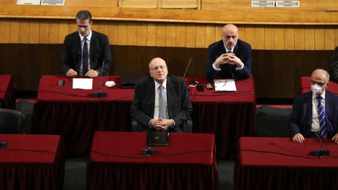 Lawmakers in crisis-hit Lebanon approve PM Najib's government