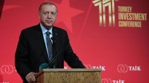 Erdogan: Turkey, US decisively move towards $100B trade