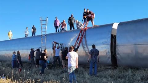 Multiple deaths, injuries after Amtrak train derails in Montana