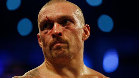 Usyk dethrones Joshua to claim world heavyweight titles