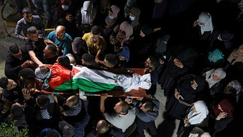 Israeli troops kill several Palestinians in night raids