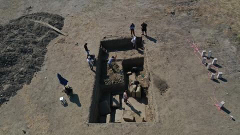 Unearthed: Zeus Temple gate in Turkey's ancient city of Magnesia