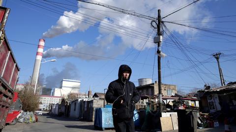 China energy crunch hurts industries, authorities seek urgent coal imports
