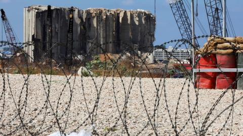 Lebanese army seizes over 28 tons of ammonium nitrate
