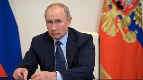 Putin backs Taliban in its demand to unfreeze assets