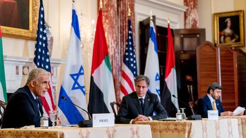Blinken, Israeli FM warn Iran against developing nuclear weapons