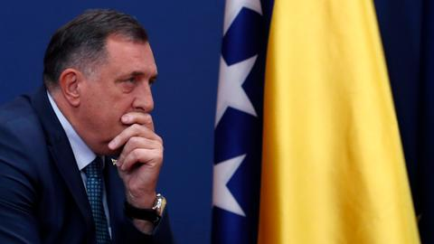 A roadmap towards 'clipping the wings' of the Bosnian state