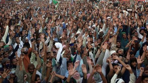 Four dead as Pakistan protests turn violent