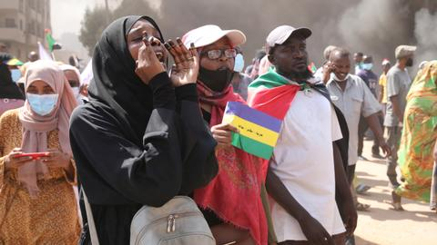 How the world is reacting to Sudan crisis