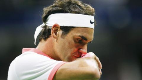Record streak ends for Federer