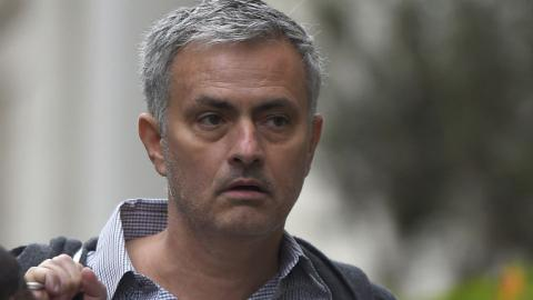 Chelsea 'ownership' of Mourinho stalls move to United