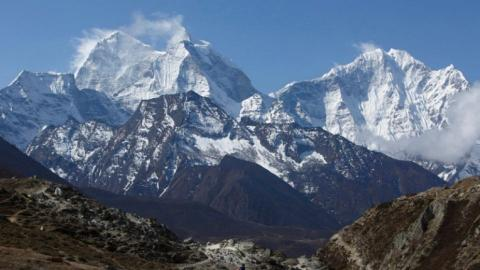 Ambition and loss on Mount Everest