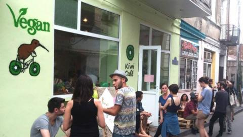 'Neo-Nazi' supporters target Tbilisi vegan cafe