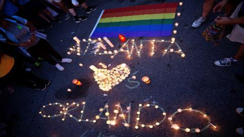 World reacts to Orlando mass shooting