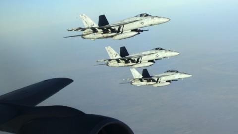 US-led strikes pound DAESH in Iraq, kill 250 militants