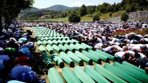 Bosnians commemorate 21st anniversary of Srebrenica genocide