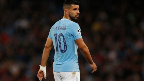 Football: Manchester City's Sergio Aguero hurt in car crash