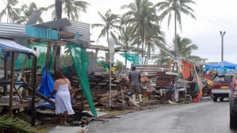 Thousands evacuated as Fiji awaits second cyclone