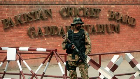 Sri Lanka cricket team returns to Pakistan 8 years after it was attacked