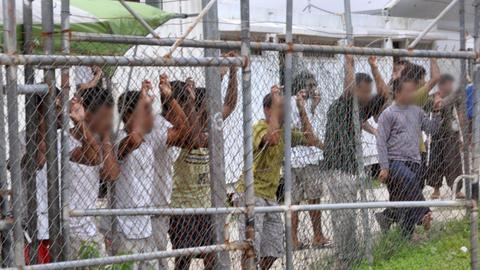 Australian elections drive Manus Island refugees to despair and suicide