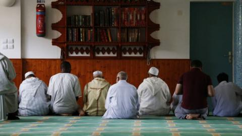 France may temporarily ban foreign funding for mosques