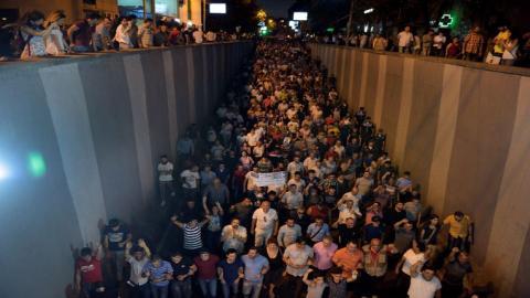 Policeman killed as Armenian hostage situation turns violent