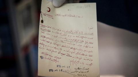 Letters by Ottoman soldiers held captive during WWI to reach families