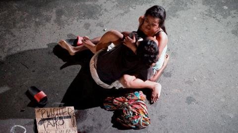 Hundreds killed in Philippines' war on drugs