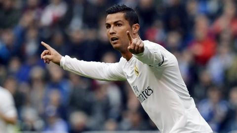 Ronaldo stars as Real Madrid make it to Champions League last 16